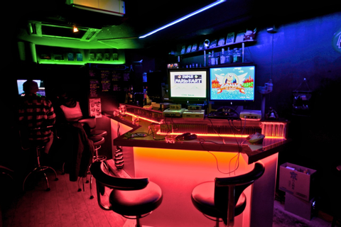 Game Bar Space Station - Osaka's Gaming Paradise - Feature ...