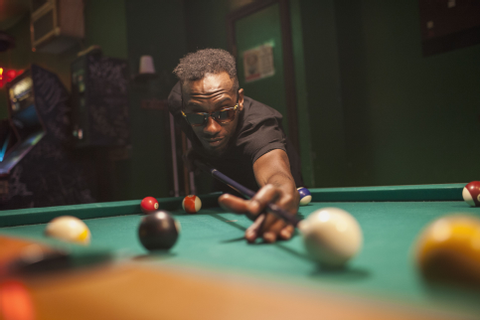 Improve Your Pool Game With These Billiards Shooting Tips