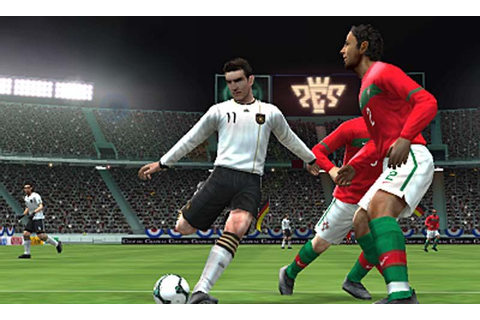 Pro Evolution Soccer 2011 3D › Games-Guide