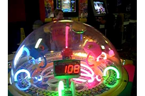 Cyclone arcade game - YouTube