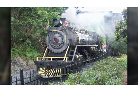 Historic Dollywood train engine catches fire, no injuries ...