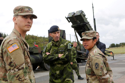 Fearing Russia, Sweden holds biggest war games in 20 years ...