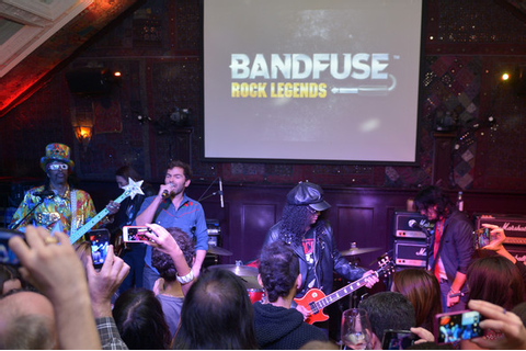 Slash and Gilby Clarke Photos Photos - BandFuse: Rock ...