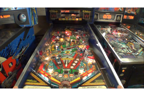 1989 Earthshaker Arcade Pinball Machine - YouTube