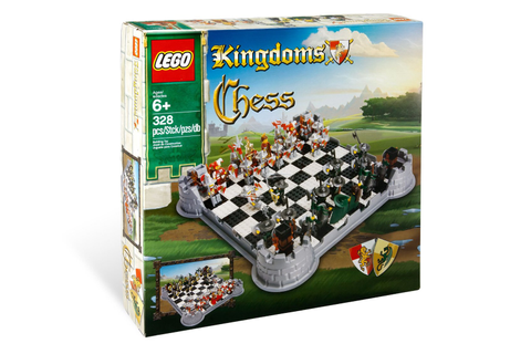 LEGO Kingdoms Chess Set - Board Games Messiah