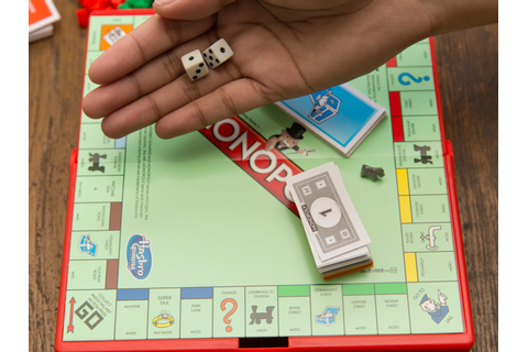 How to Set up a Monopoly Game: 9 Steps (with Pictures ...