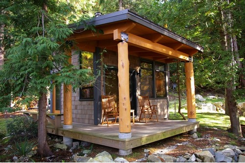 Western Warmth: Tiny House Exterior ideas