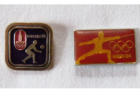 Symbol of the 1980 Olympic games. Set of 2 vintage badges ...