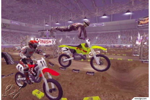 MX 2002 Featuring Ricky Carmichael Screenshots, Pictures ...
