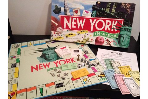New York In A Box 1991 Vintage 1990s Monopoly by RedStarArts