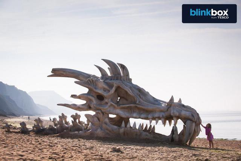 40-Foot Dragon Skull Built on British Beach to Promote ...