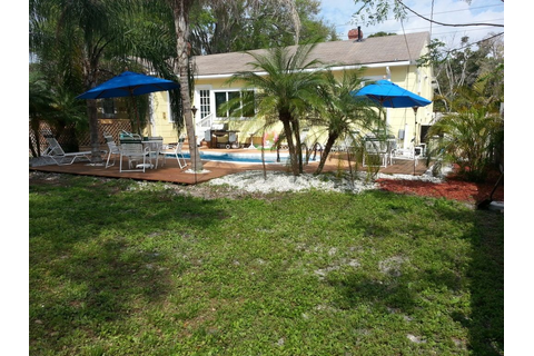 The Cottage - Pool, Hot Tub, Game Room - VRBO