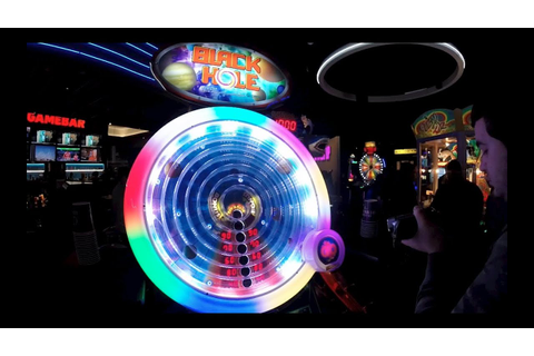 IMPOSSIBLE ARCADE GAME! Black Hole Arcade Game! - YouTube