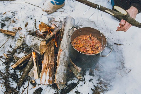 Winter Campfire Cooking Ideas | Simple & Tasty Outdoor Cooking
