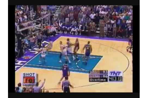 Kobe Bryant Does 3 Air balls in a very tight moment ...