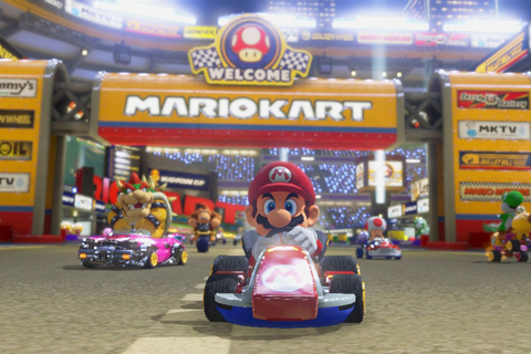 Mario Kart 8 Deluxe makes the game steer for you by ...