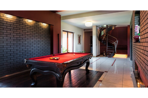 10 Ideas For Turning Your Garage Into A Great Games Room