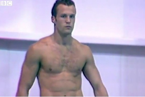 Remember Jason Statham diving in the Commonwealth Games in ...
