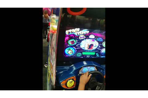 Chuck E Cheese's #2 game - Nicktoons Nitro - YouTube