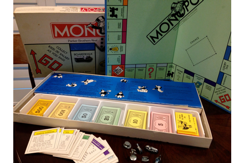 1985 Monopoly Game Board Family Fun NIght Vintage