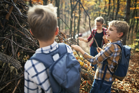 How to Get Kids Interested in Outdoor Survival