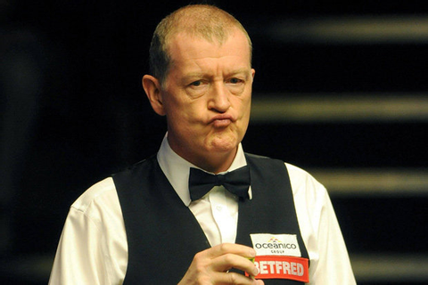 Things just got interesting! Snooker legend Steve Davis ...
