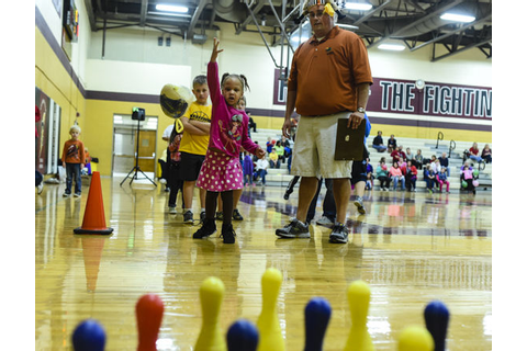 COLD TURKEY: PHOTO GALLERY: Gobbler Games in Clarksville ...