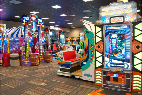GameTime Mega Arcade | Restaurant | Sports Bar in Fort Myers