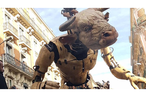 Behind the Scenes With La Machine's Giant Minotaur | Make: