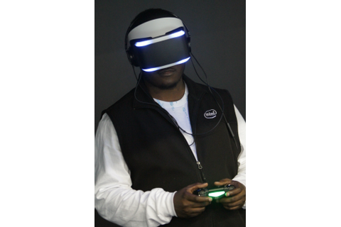 File:Project Morpheus at GDC 2014.jpg - Wikimedia Commons