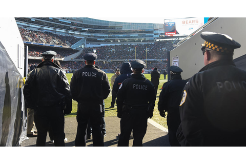 Police orgs ask NFL to let off-duty cops carry guns at ...