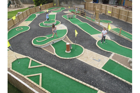Backyard Golf Course | Backyard Ideas