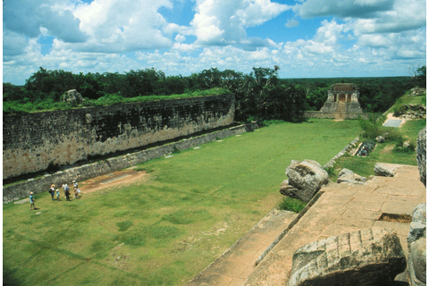 An Exploration of the Great Ball Court at Chichen Itza ...