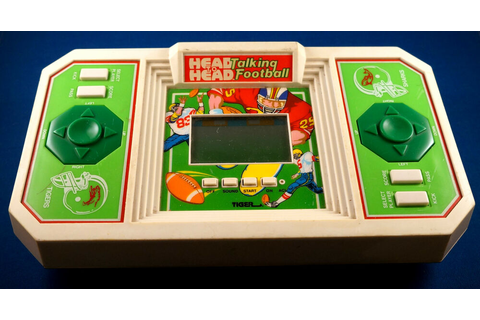 HEAD TO HEAD TALKING FOOTBALL TIGER ELECTRONICS TABLETOP ...