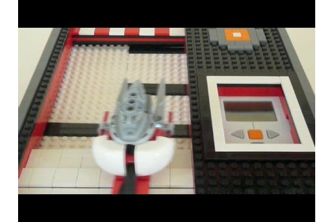 LEGO Mindstorms NXT, The AVOIDER Space Game - YouTube