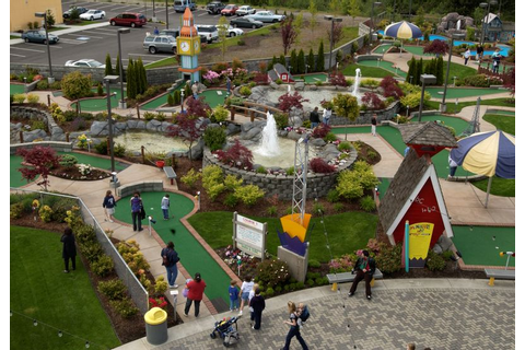 check out that mini golf course at the Family Fun Center ...