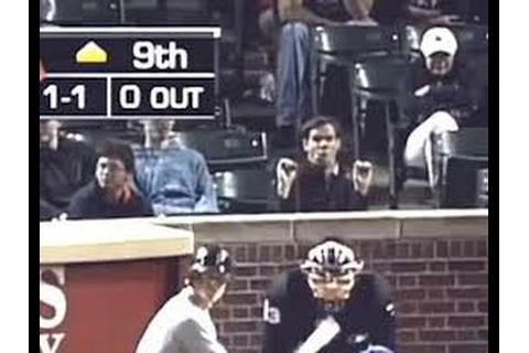 Baseball Fan Gets Kicked Out From Cubs Vs Pirates Game For ...