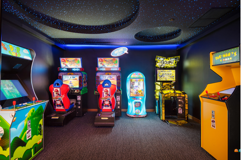 Arcade Game | Novotel Phuket Surin Beach Resort
