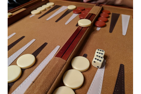 BACKGAMMON: How America Modernized An Ancient Game | Geek ...