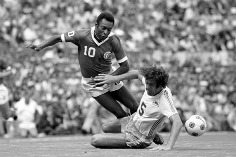When Football Stopped A War: The Incredible Tale Of Pele ...