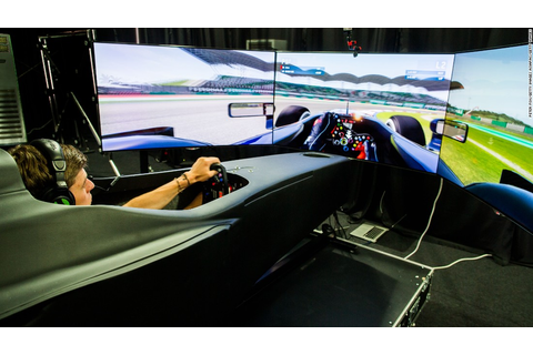 The video game that trains F1 world champions - CNN.com
