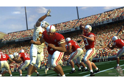 NCAA Football 07 (Xbox 360) Game Profile - XboxAddict.com