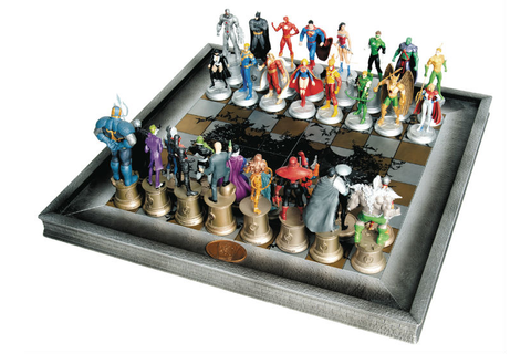 Marvel & DC Collector's Chess Set Reviews 2020