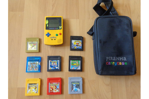 "GameBoy Color ""Pokemon Edition"" with 7 Pokemon Games ..."