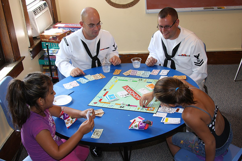 Board game - Wikipedia