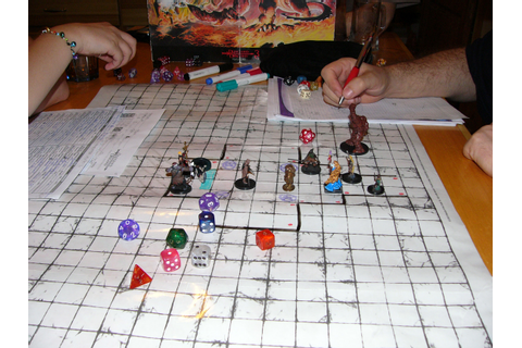 Comparison: D&D Dungeon Tiles vs Pathfinder Map Packs ...