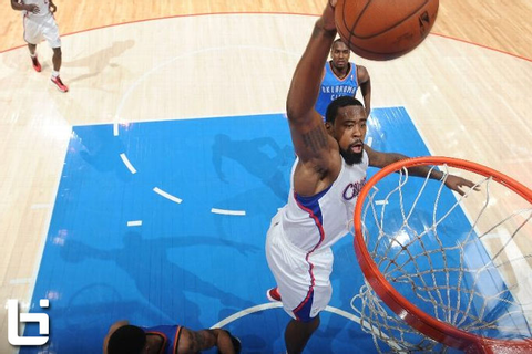 DeAndre Jordan misses a wide-open dunk during the Clippers ...