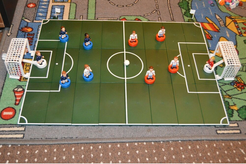 STRIKER Football Game Players | eBay