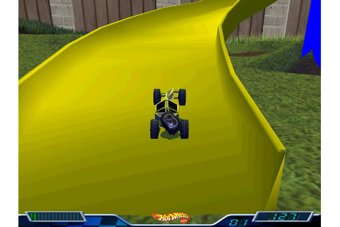 Hot Wheels: Stunt Track Driver 2: GET 'N DIRTY Screenshots ...