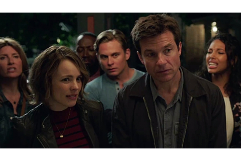 Game Night Review: Rachel McAdams and Jason Bateman Help ...